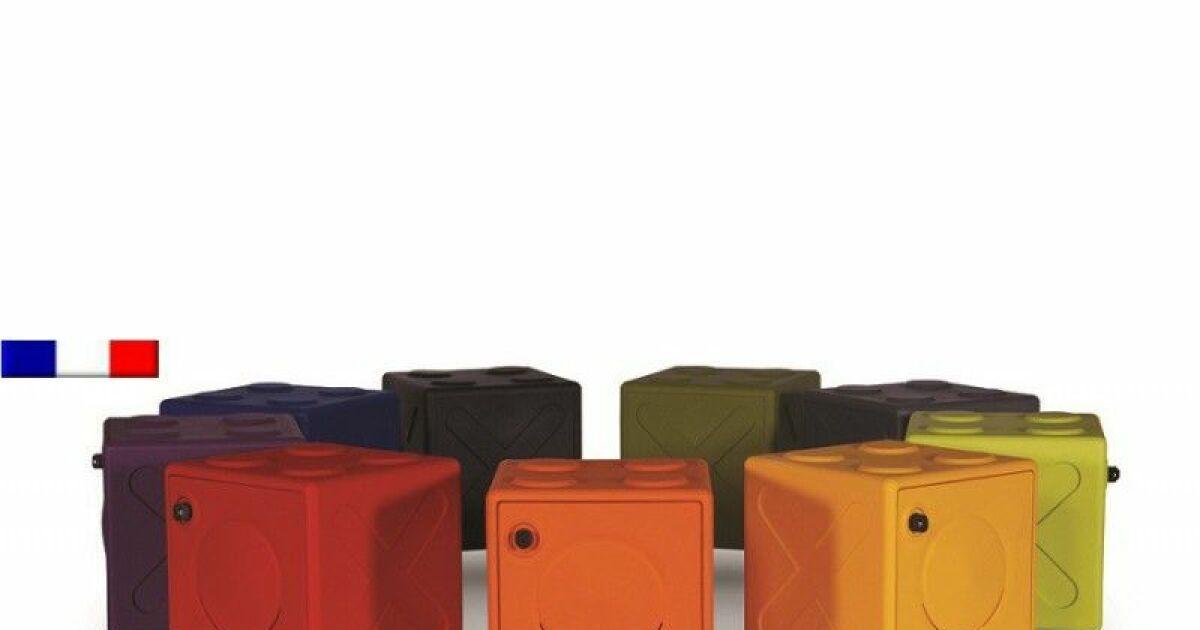 Casier vestiaire modulable en plastique ultra r sistant ooncub for Casiers vestiaires piscine