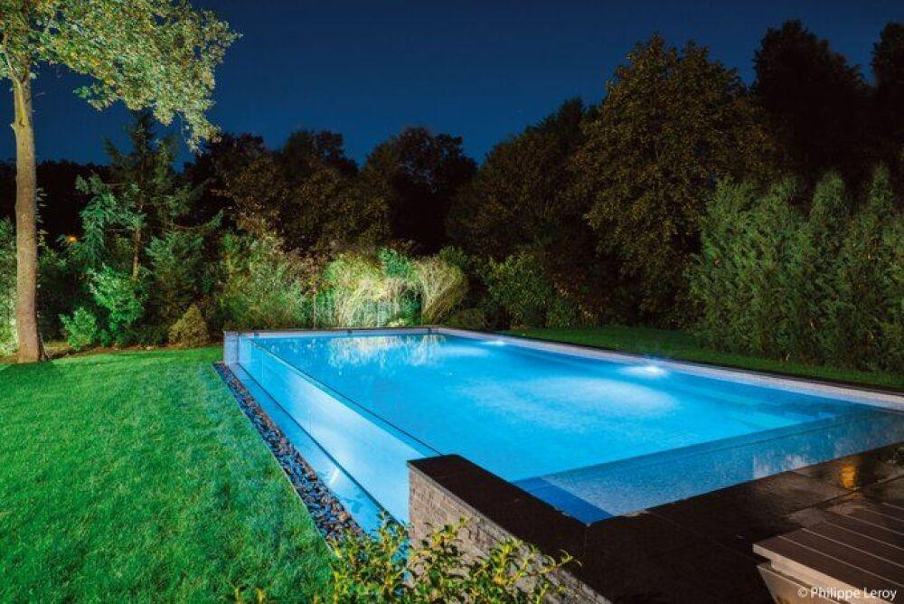 Catégorie Piscine de Nuit - Trophée Or© Aqua System Solutions / L'esprit Piscine - Photo : Philippe Leroy
