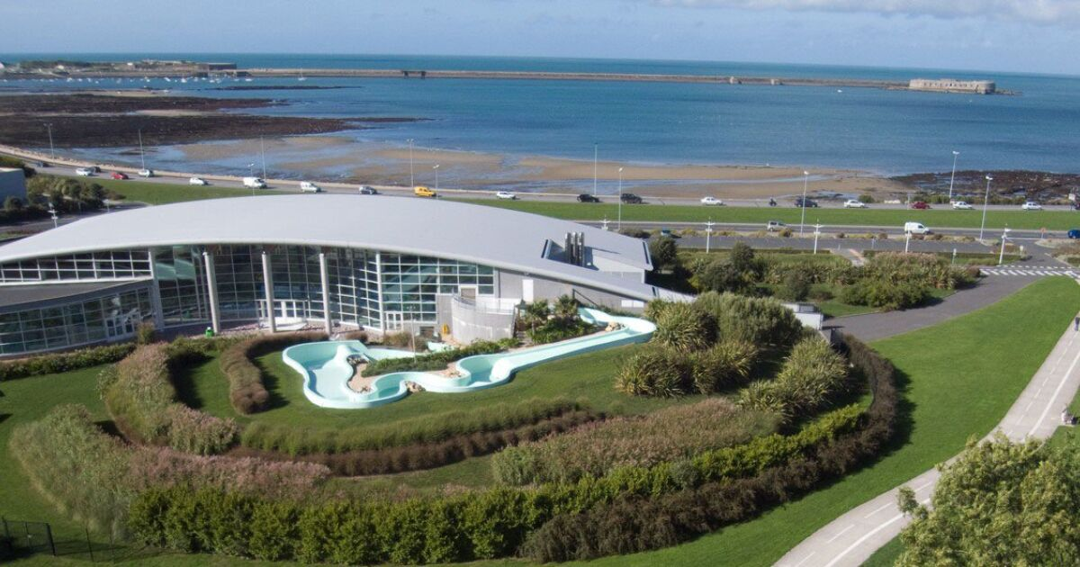 Centre aquatique piscine equeurdreville hainneville for Piscine clermont l herault horaires