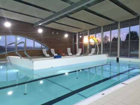 Centre aquatique piscine rohrbach l s bitche for Piscine les herbiers horaires