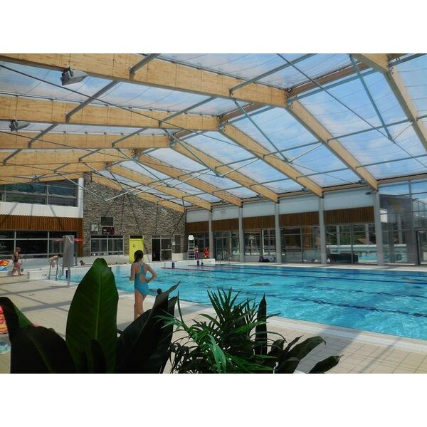 Centre aquatique piscine saint bonnet en champsaur for Piscine a saintes