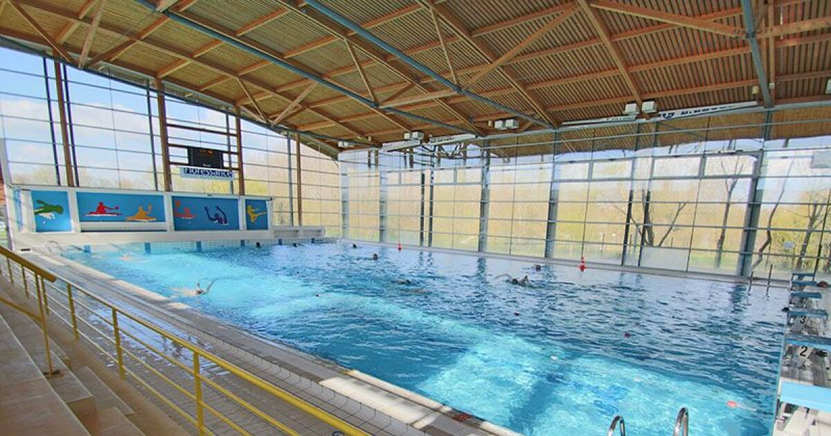 Centre aquatique atlantys piscine saint jean d 39 angely for Piscine saintes