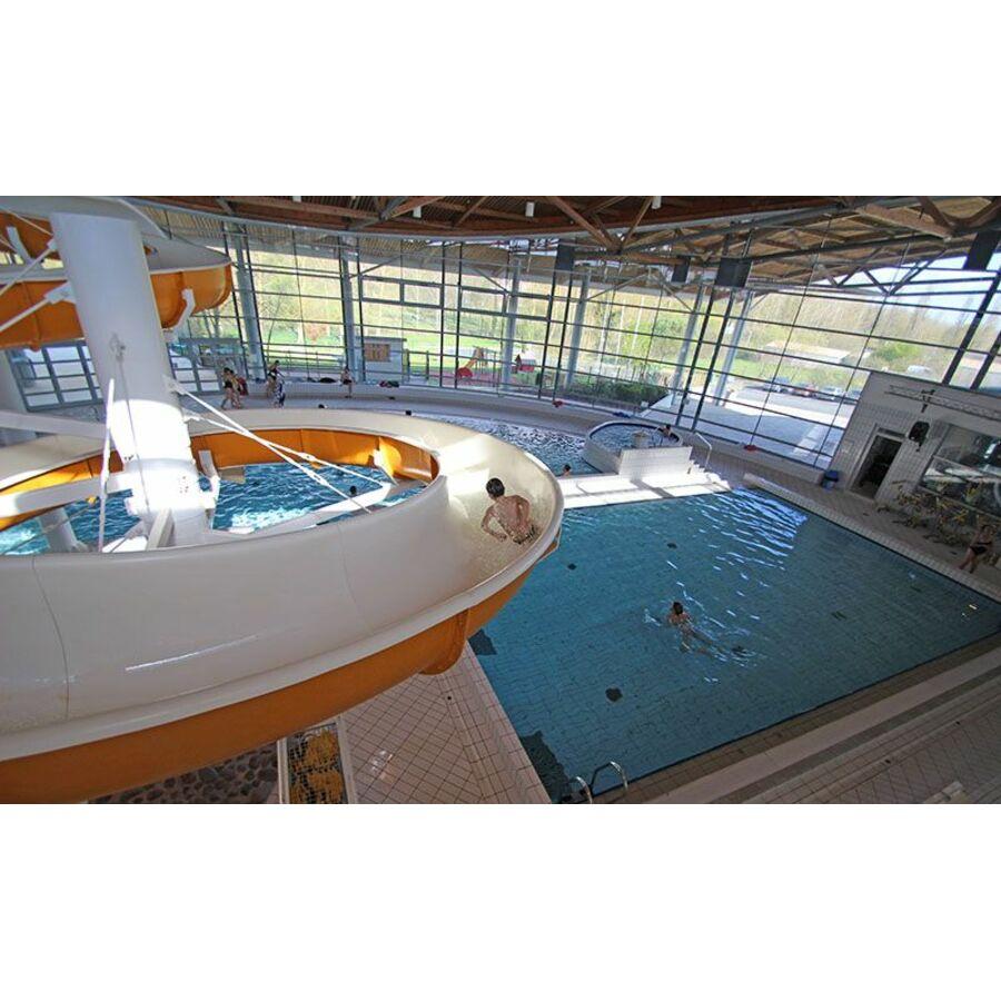 Centre aquatique atlantys piscine saint jean d 39 angely horaires tarifs et t l phone - Piscine atlantys st jean d angely ...