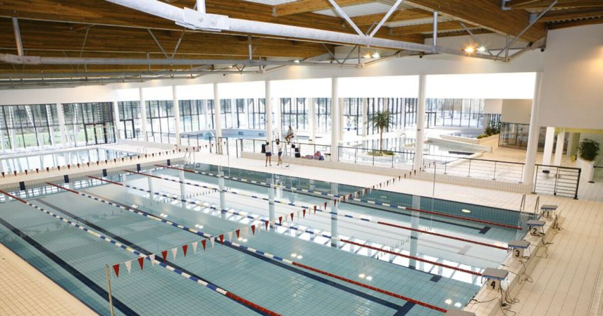 Centre aquatique aygueblue piscine saint geours de for Piscine saintes