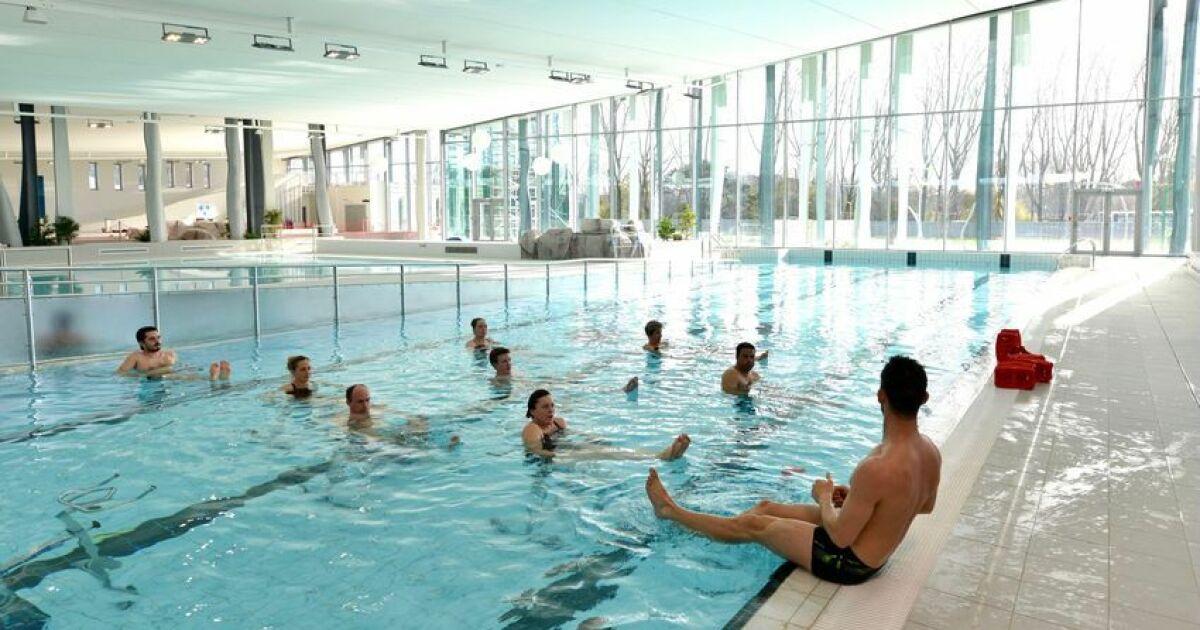 Centre aquatique de l 39 estuaire aquaparc piscine saint for Piscine clermont l herault horaires