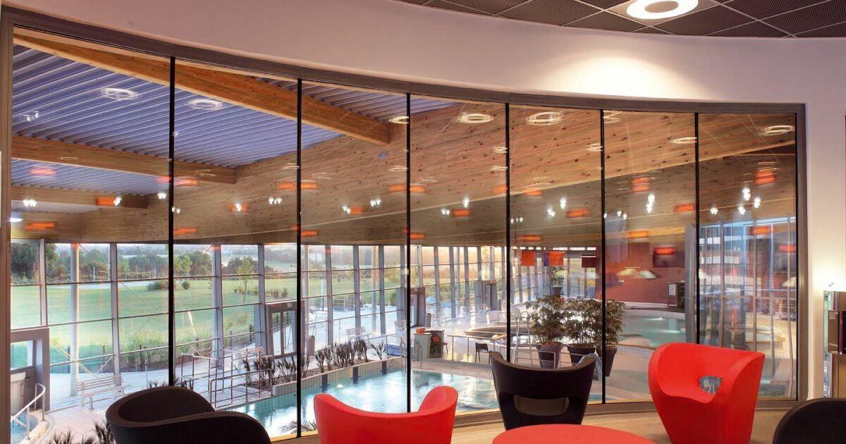 Centre aquatique piscine de sabl sur sarthe horaires for Centre gadbois piscine horaire