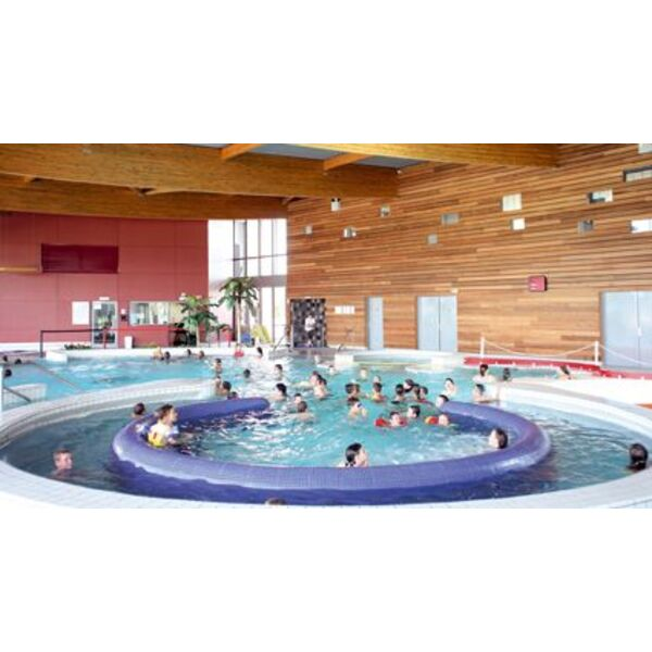 Centre aquatique piscine de sabl sur sarthe horaires for Sable piscine