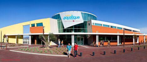 """Centre aquatique du Clermontais à Clermont l'Hérault, le bâtiment de la piscine<span class=""""normal italic petit"""">DR</span>"""
