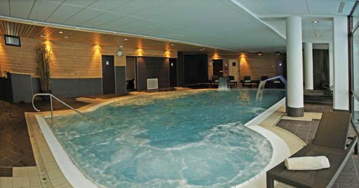 Centre aquatique espace paradisio piscine bellentre for Piscine en savoie