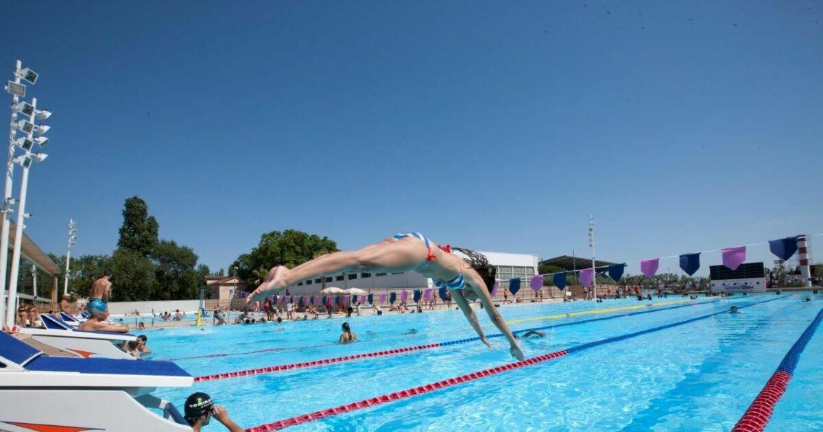 Centre aquatique grand bleu piscine cannes horaires for Cannes piscine municipale