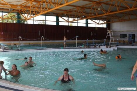 Centre aquatique piscine de courri res horaires tarifs et t l phone - Bassin aquatique contemporain calais ...