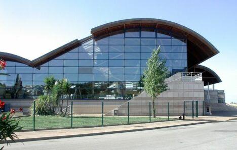 """Centre Balnéaire Fonquerne - Piscine à Sete<span class=""""normal italic petit"""">© Ville de Sète</span>"""