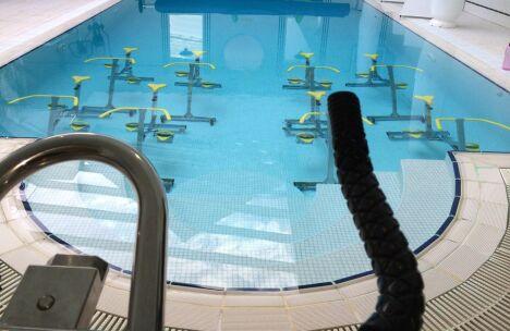 """Centre d'aquabike Eau'z à Viry Chatillon <span class=""""normal italic petit"""">DR</span>"""