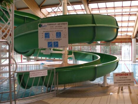 """Le toboggan de la piscine à Villeneuve D'Ascq<span class=""""normal italic"""">DR</span>"""