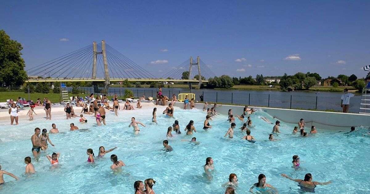 Centre nautique piscine chalon sur sa ne horaires tarifs et t l phone - Piscine aurec sur loire horaires ...