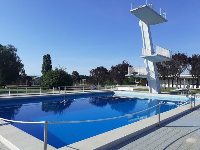 Centre nautique - Piscine à Divonne les Bains