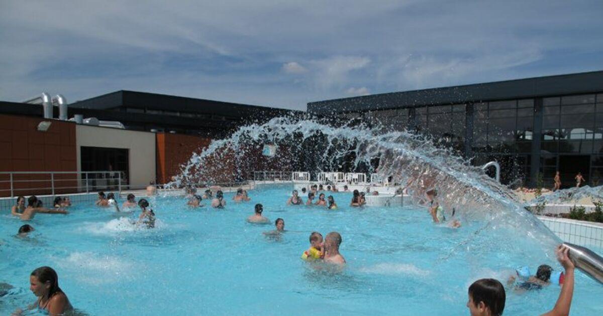 Centre aqualudique piscine issoire horaires tarifs for Construction piscine 63