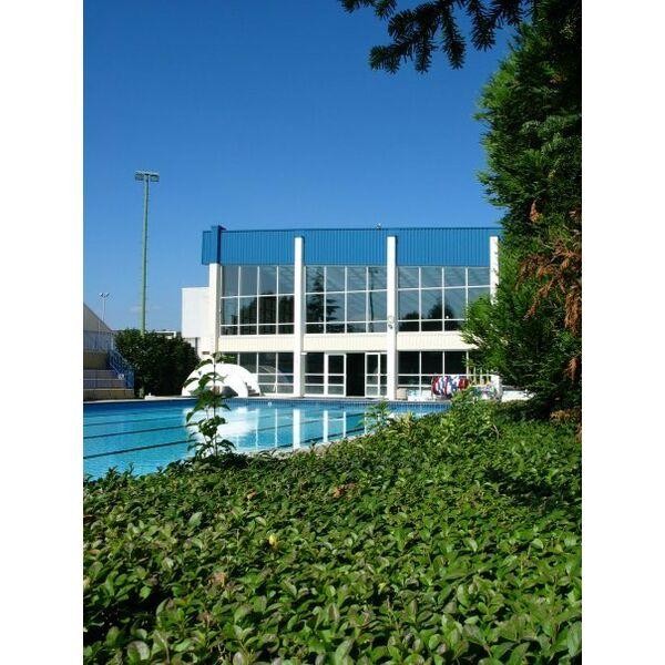 piscine robert pr ault chelles horaires tarifs et t l phone. Black Bedroom Furniture Sets. Home Design Ideas