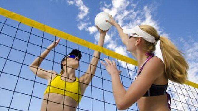 "Cet été, je teste le beach-volley<span class=""normal italic petit"">© motorangel - Fotolia.com</span>"