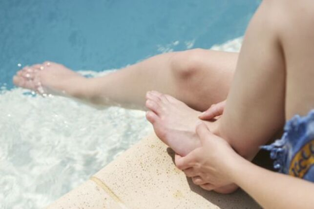 Champignon et piscine