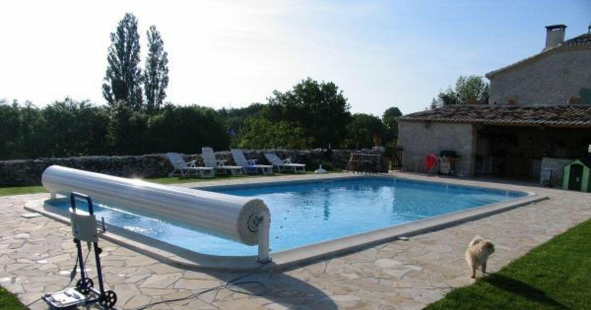 Changer ou remplacer un volet de piscine for Changer un liner de piscine
