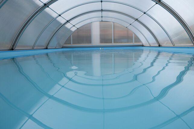 Chauffer un abri de piscine