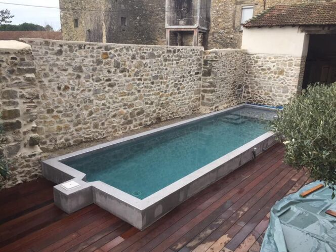 Choisir la forme de votre escalier de piscine
