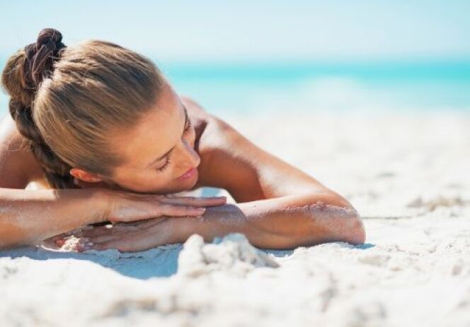 "Choisir sa serviette de plage<span class=""normal italic petit"">© Thinkstock</span>"