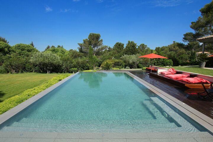 Choisir son rev tement de piscine guide - Revetement ideal pourtour de piscine ...