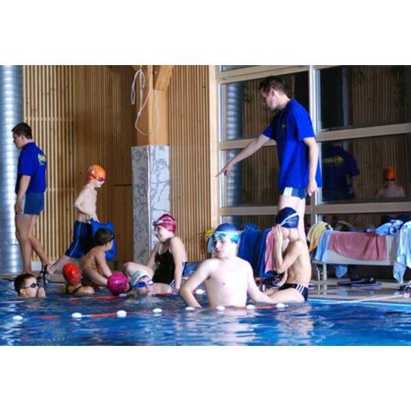 Club de natation pour apprendre nager et se perfectionner for Club de piscine