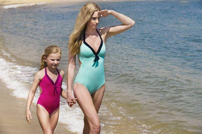 "Collection maillot de bain<span class=""normal italic petit"">© Jog swimwear</span>"