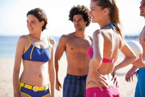 "Collection maillots de bain plage Arena 2013  <span class=""normal italic petit"">© Arena</span>"