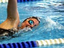 Combien d'entraînements par semaine pour garder son niveau en natation ?