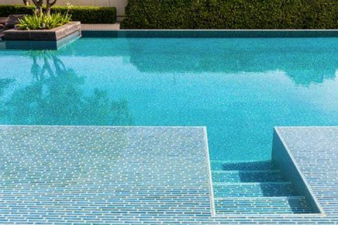 Comment ajouter un escalier dans sa piscine ?