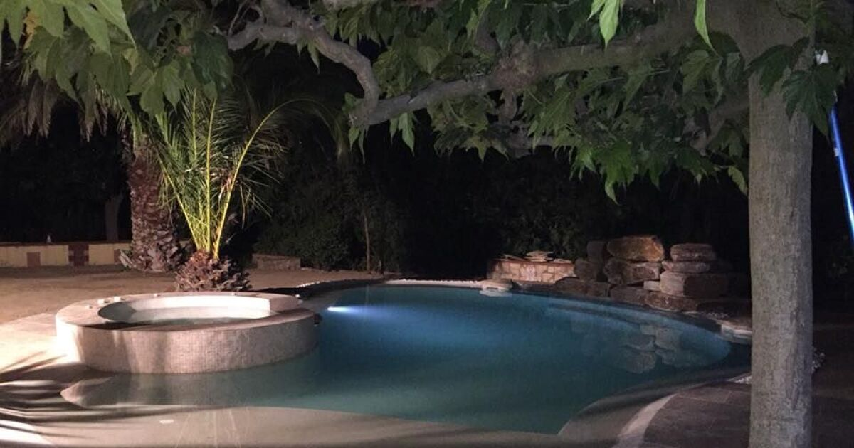 am nagement et mobilier pour plage de piscine. Black Bedroom Furniture Sets. Home Design Ideas