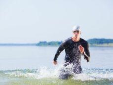 Comment bien préparer son sac de sport pour aller nager en mer