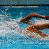 Comment dépasser un autre nageur ?