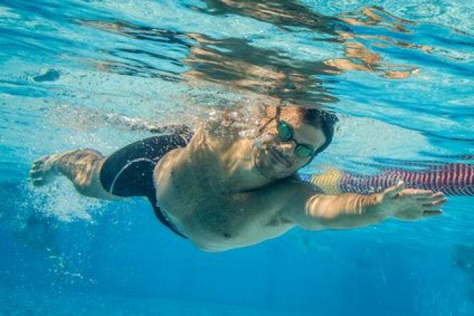 """Comment éviter d'avoir de l'eau dans le nez lorsqu'on nage<span class=""""normal italic petit"""">© Fotolia_67563633_XS</span>"""