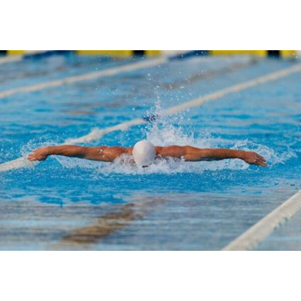 Comment éviter les crampes fréquentes en natation ? - Guide ...