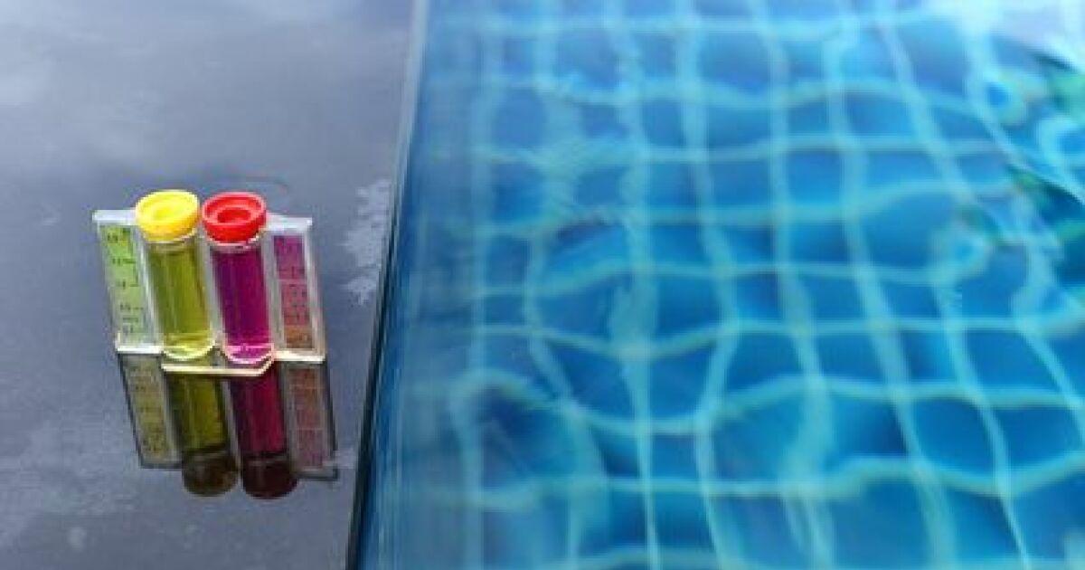 comment mesurer le ph de l eau d une piscine. Black Bedroom Furniture Sets. Home Design Ideas