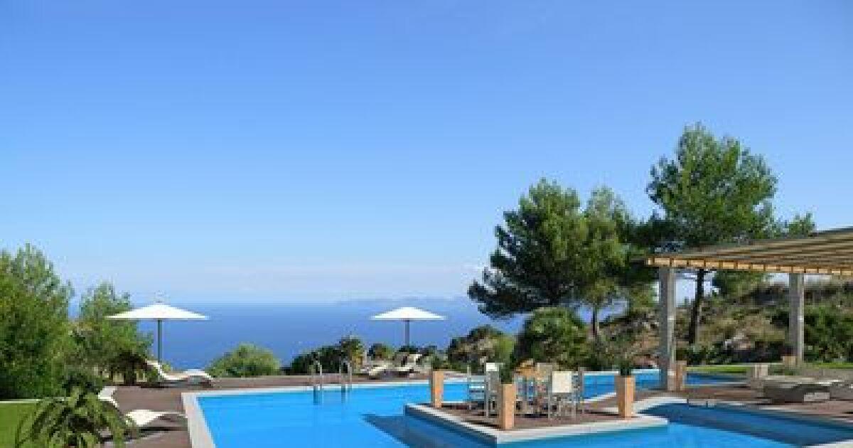 comment pr parer sa piscine avant un d part en vacances. Black Bedroom Furniture Sets. Home Design Ideas