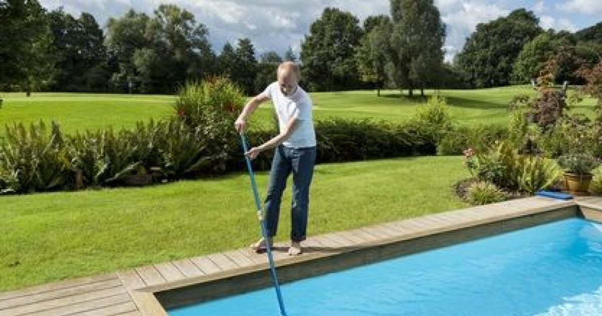 Comment quand et pourquoi nettoyer le filtre d une piscine for Nettoyage filtre piscine
