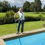 Comment, quand et pourquoi nettoyer le filtre d'une piscine ?