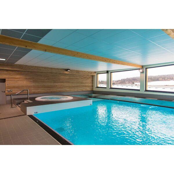 Complexe aquatique aqua2lacs piscine de malbuisson for Complexe piscine
