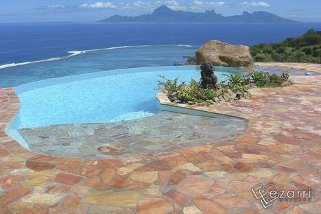 Carrelage piscine bleu - concept-mosaique.com