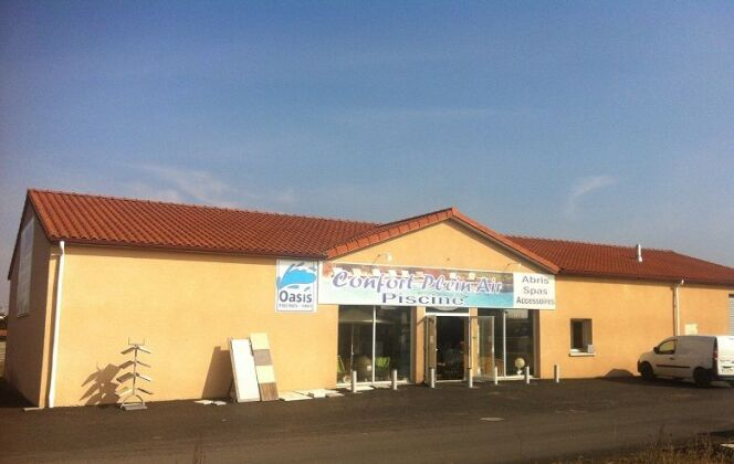 Confort Plein Air (Oasis Piscines et Spas) à Brioude © Confort Plein Air