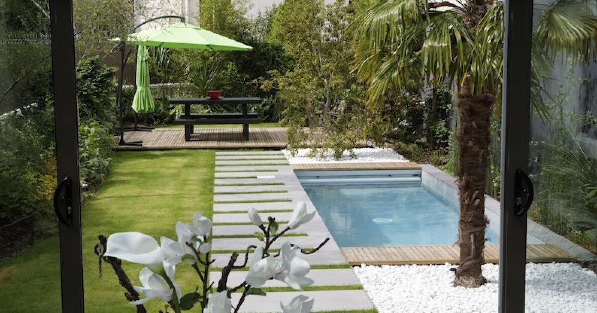 impact carbone d une piscine. Black Bedroom Furniture Sets. Home Design Ideas