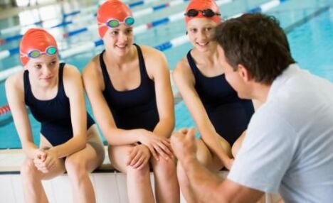"Conseils de nage<span class=""normal italic petit"">DR</span>"