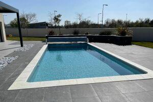 Construction de piscine enterrée à Chaingy