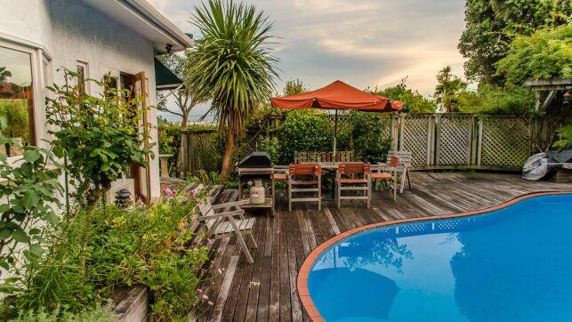 Construire une piscine dans une résidence secondaire